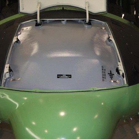 Bell Medium, Avionics Rainshield