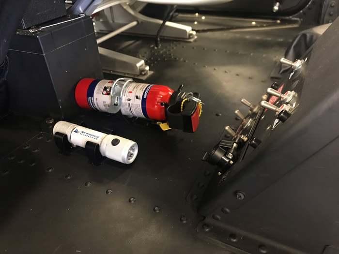 Bell 505 Crew Flashlight Kit