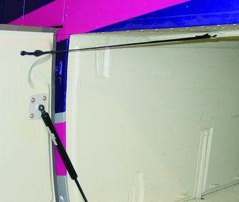 Bell 427, Baggage Door Retention Strap
